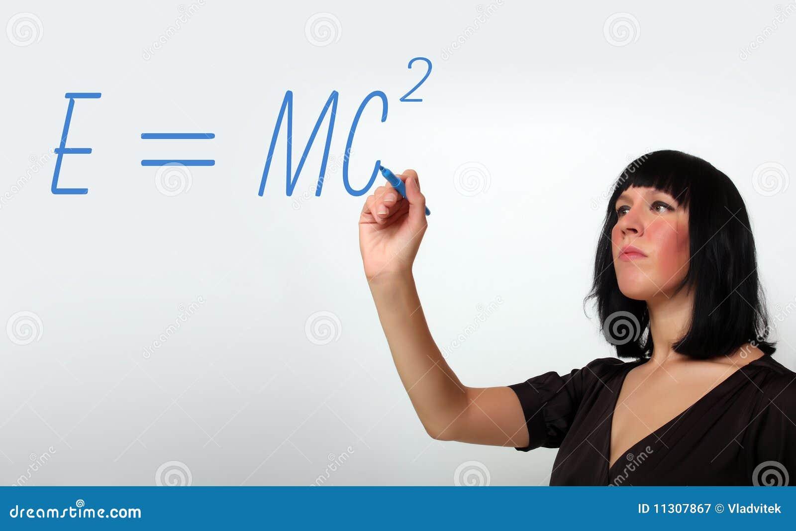 Unterrichtende Algebra des attraktiven weiblichen Lehrers