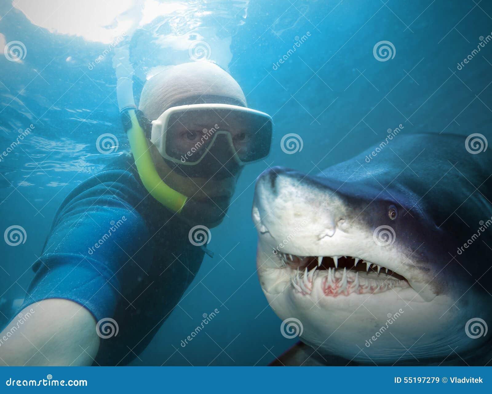 unterwasserselfie stockbild bild von freizeit strand