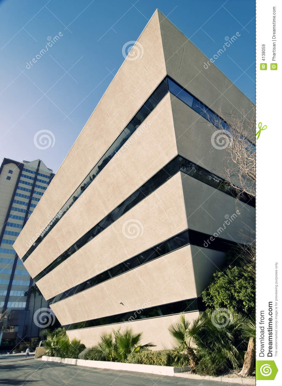 Pics for triangular buildings for Edificio de oficinas