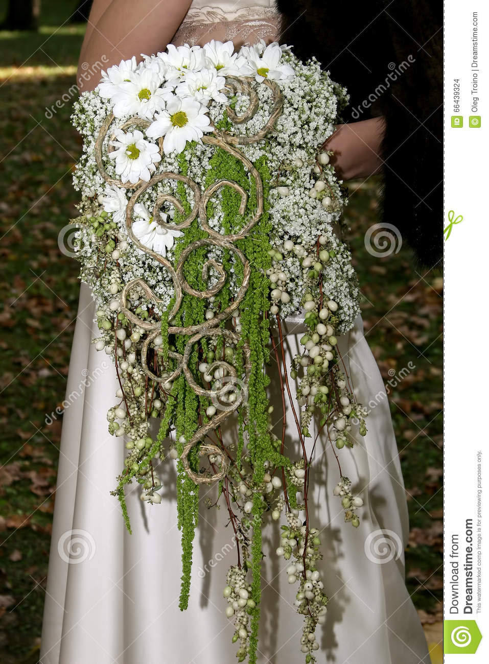 unusual wedding bouquets wedding bouquet of daisies stock photo image of 8202