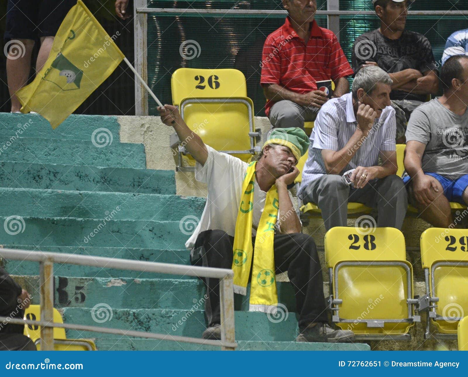 Unusually bored football fan