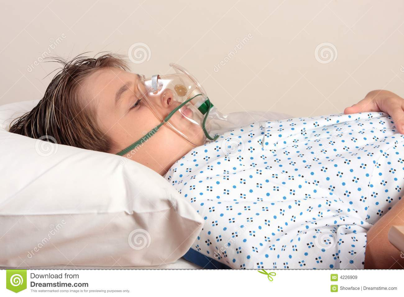 Unwell child with oxygen mask