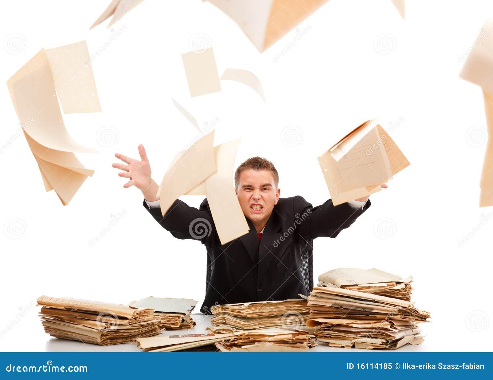 Uomo Che Getta Via Lavoro Di Ufficio Fotografia Stock