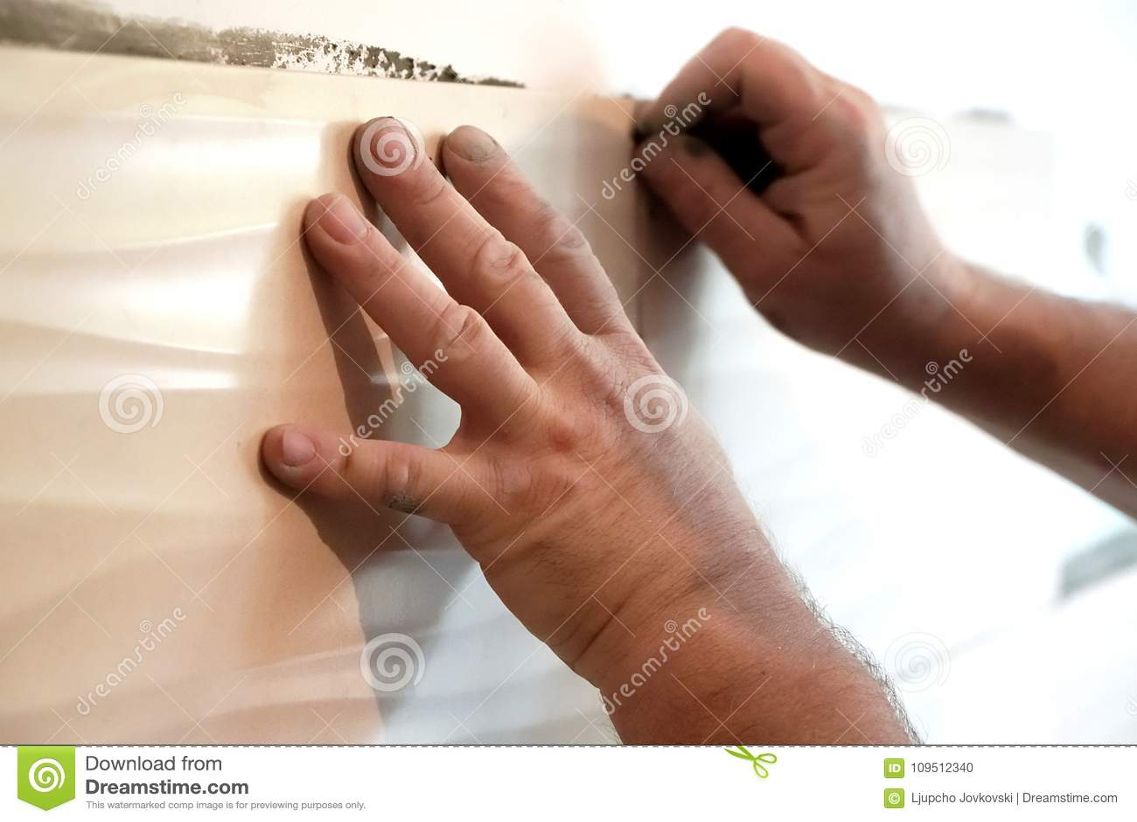 Come abbellire la cucina s d e decorare le piastrelle della