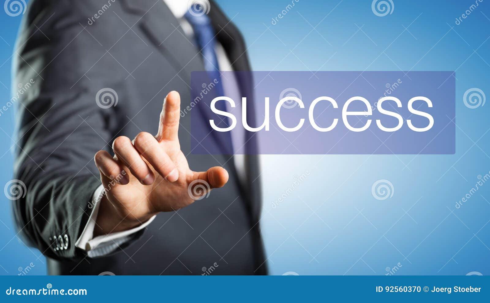Uomo d affari che mostra successo