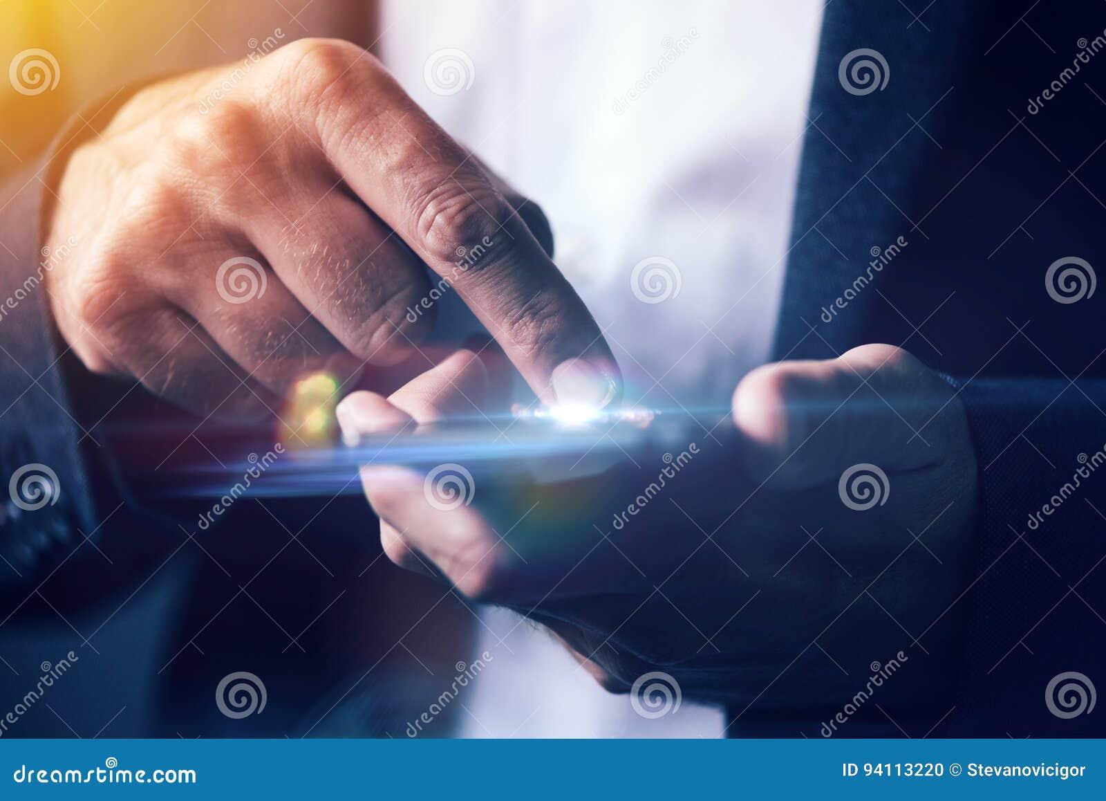 Come fare se il touchscreen non funziona - Lettera43 Come Fare
