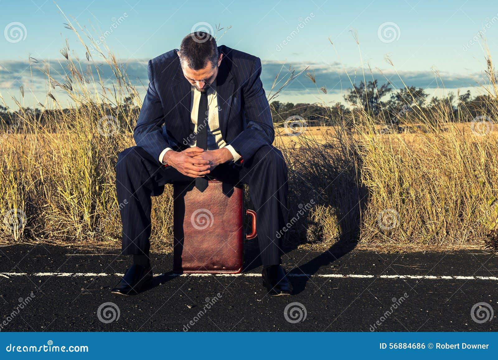 Uomo d affari frustrato nell entroterra