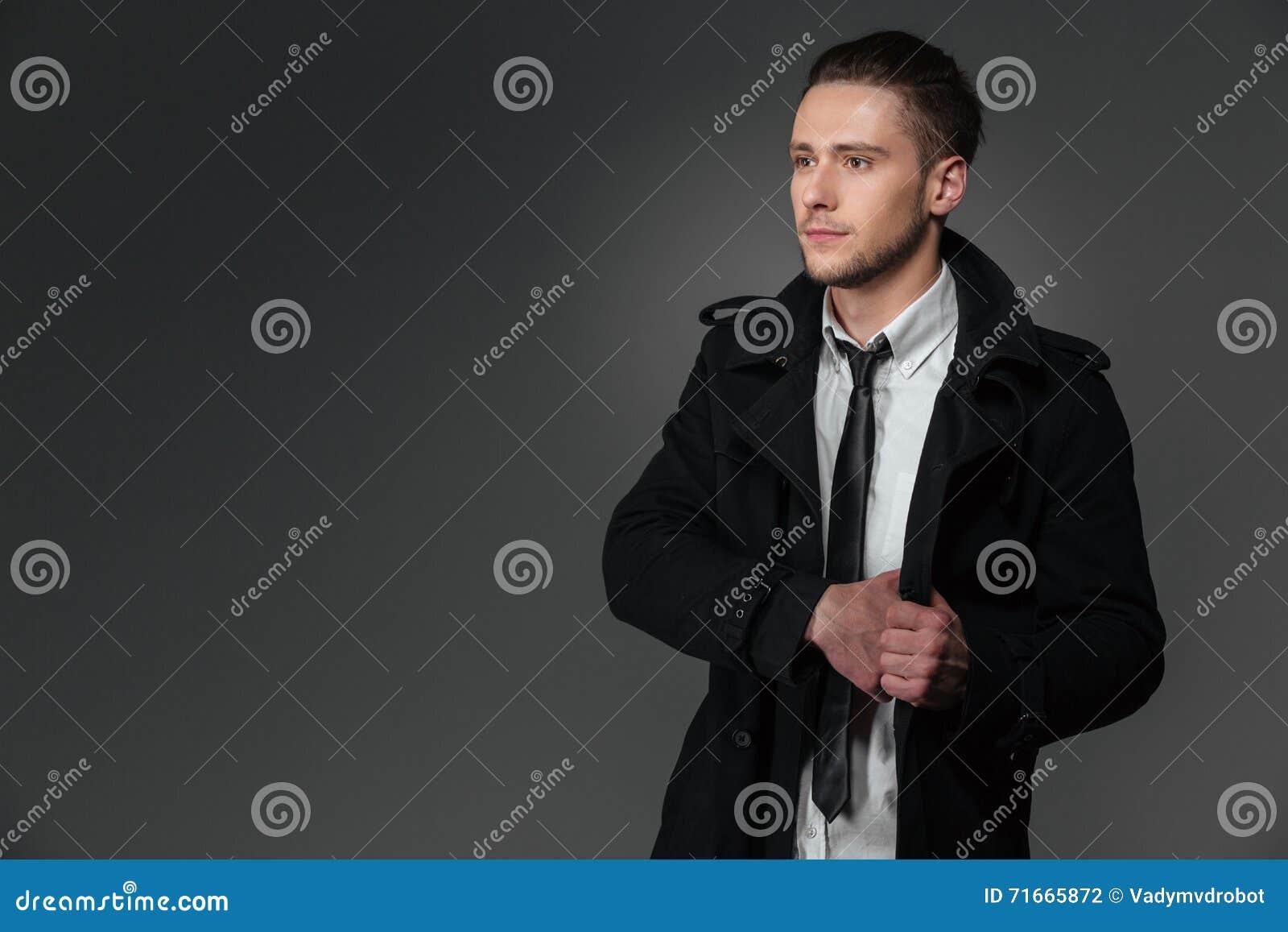 cappotto nero uomo con scritta bianca