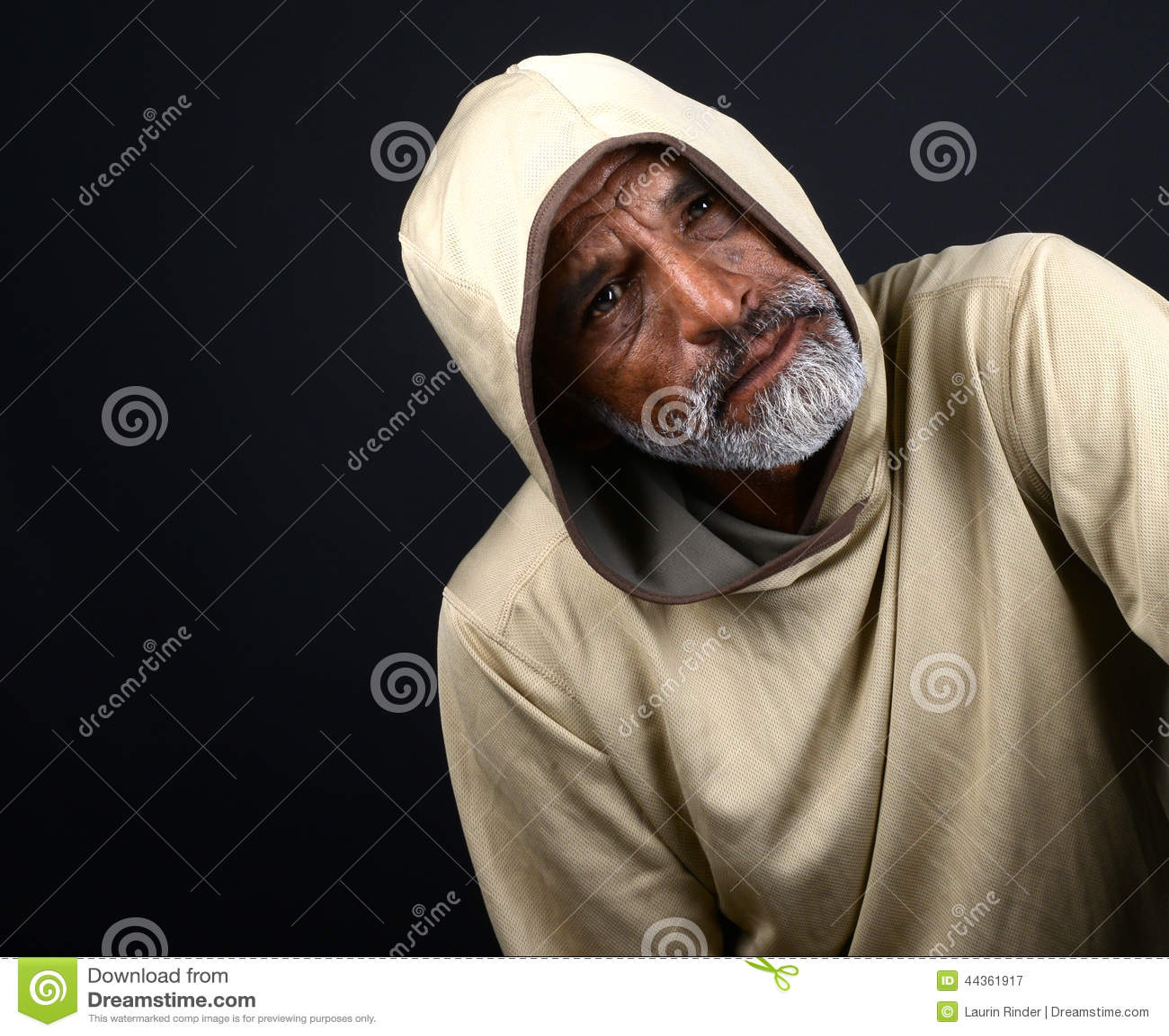 Uomo dell indiano di Concerened