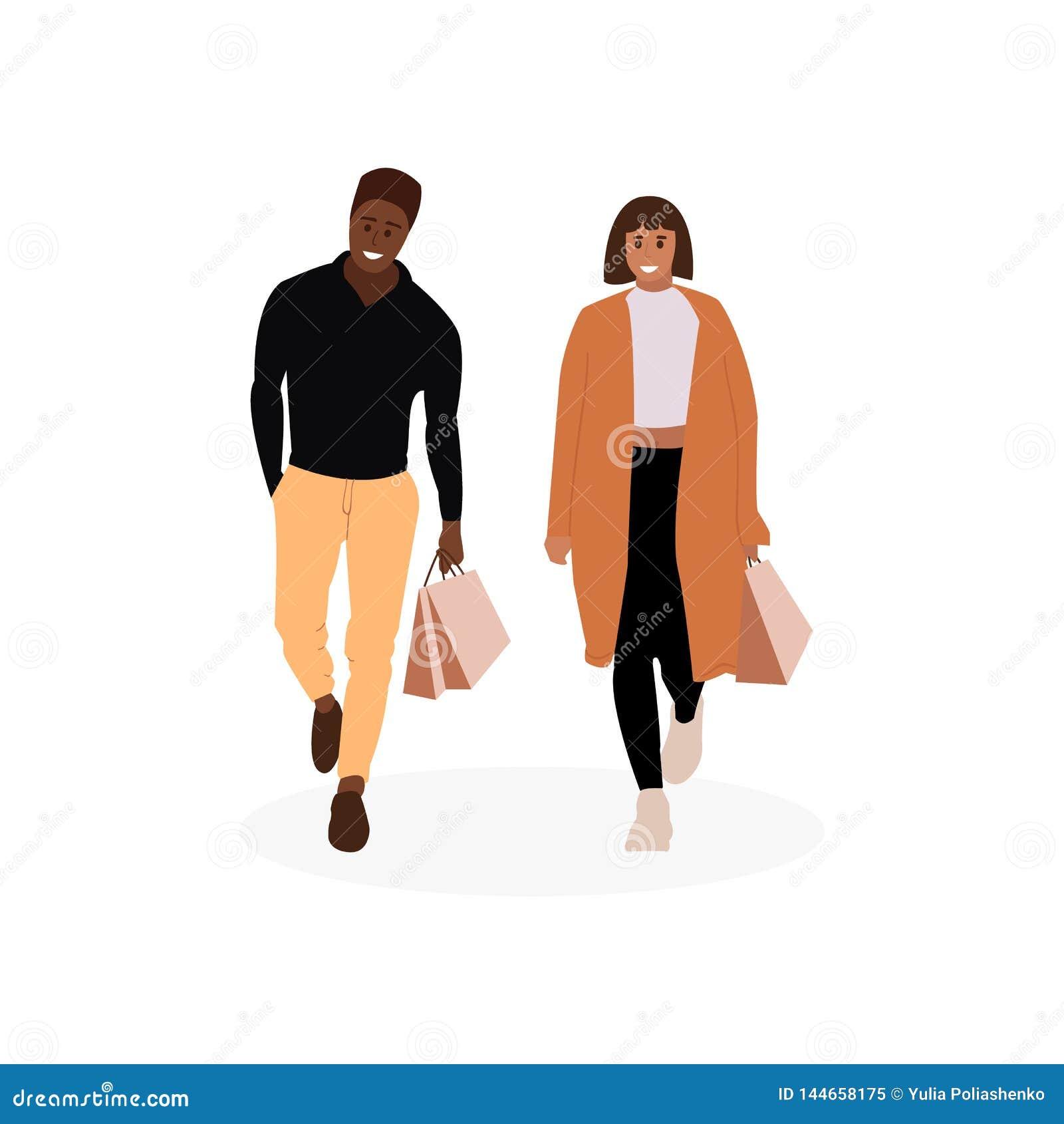 Uomo e donna con i sacchetti