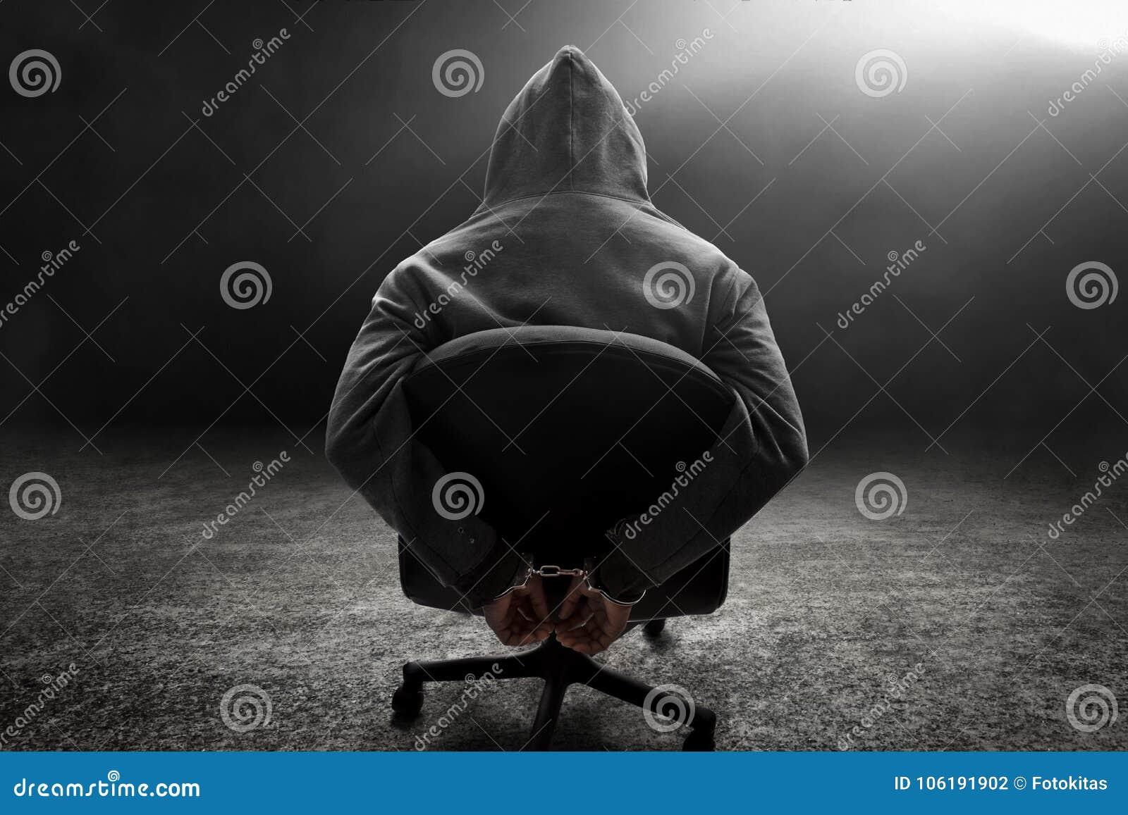 Uomo in manetta e rapito