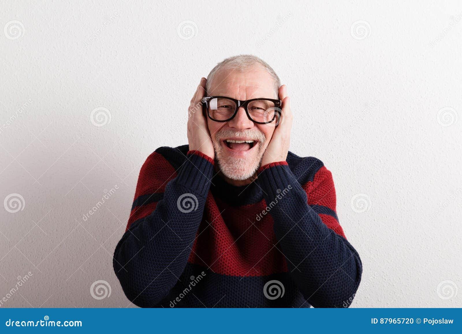 Rosso Maglione Blu In Felice Dello Colpo Uomo Senior Studio E aqUPSSH