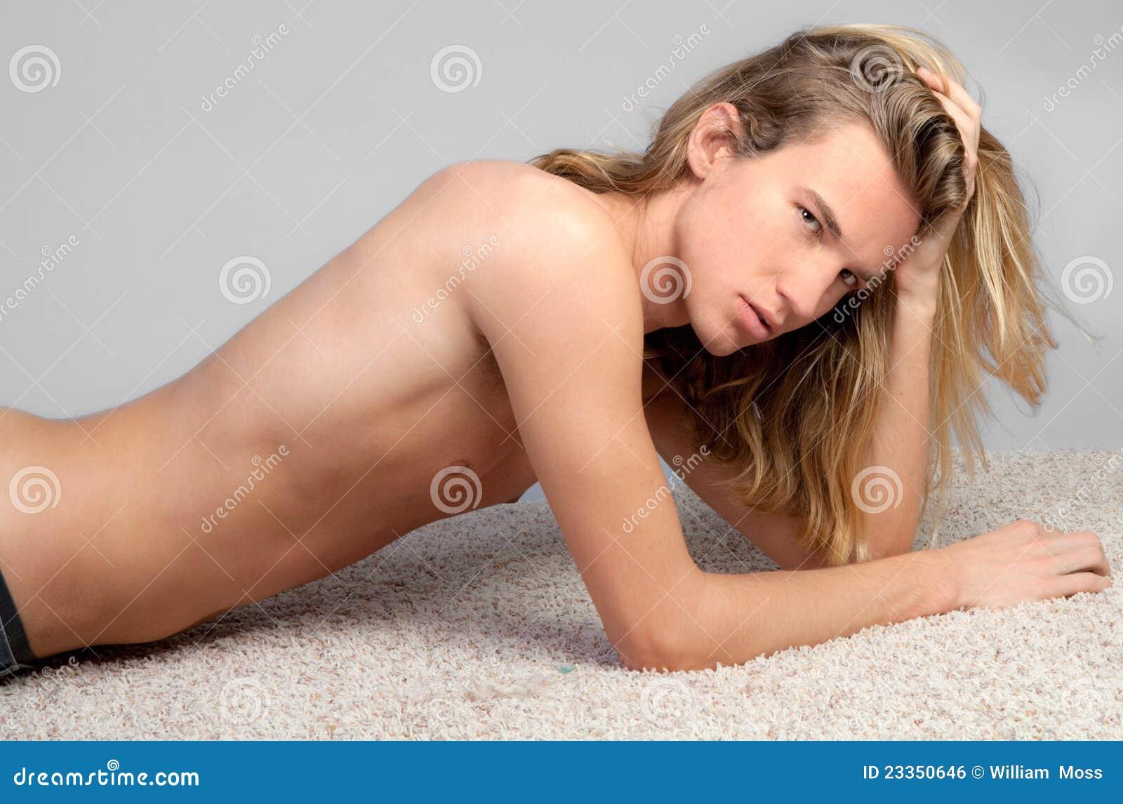 molodenkie-modeli-golie