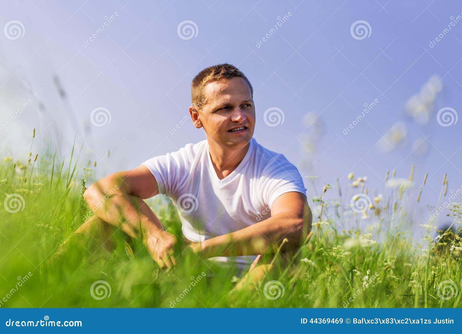 Uomo sul campo