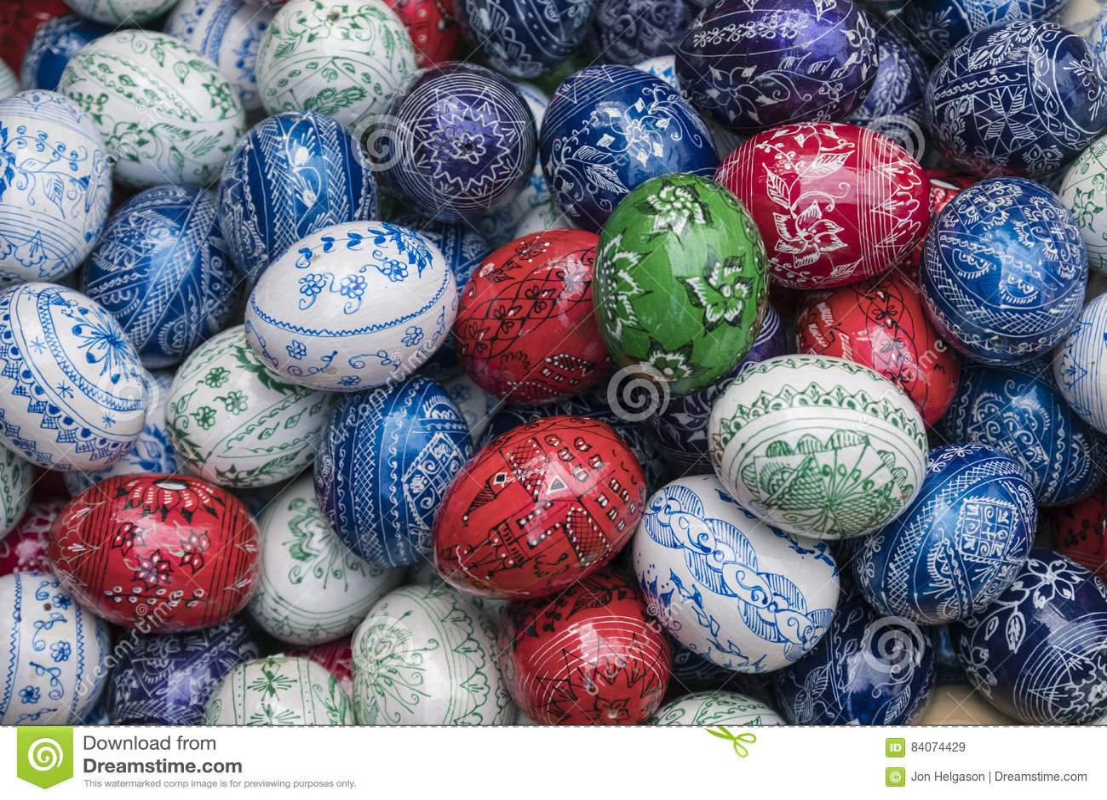 Uova Di Ceramica Dipinte A Mano.Uova Di Pasqua Dipinte A Mano Immagine Stock Immagine Di Uova