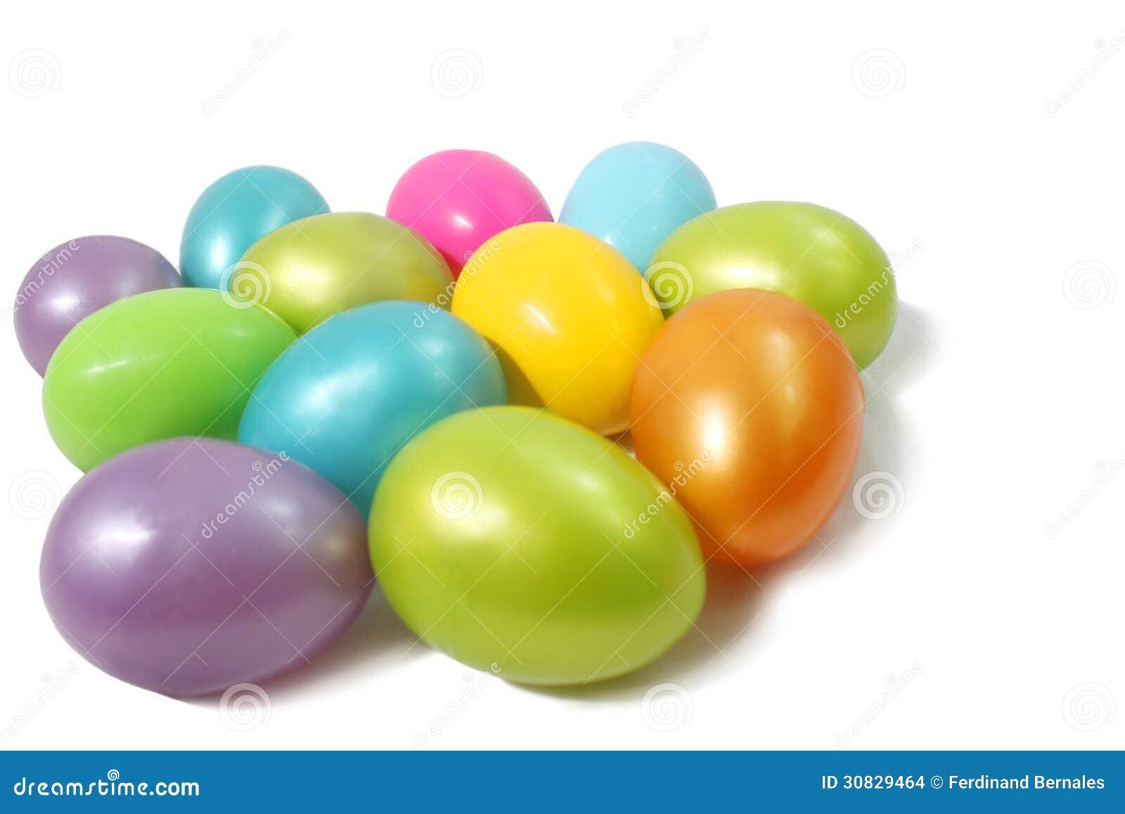 Uova di plastica colorate