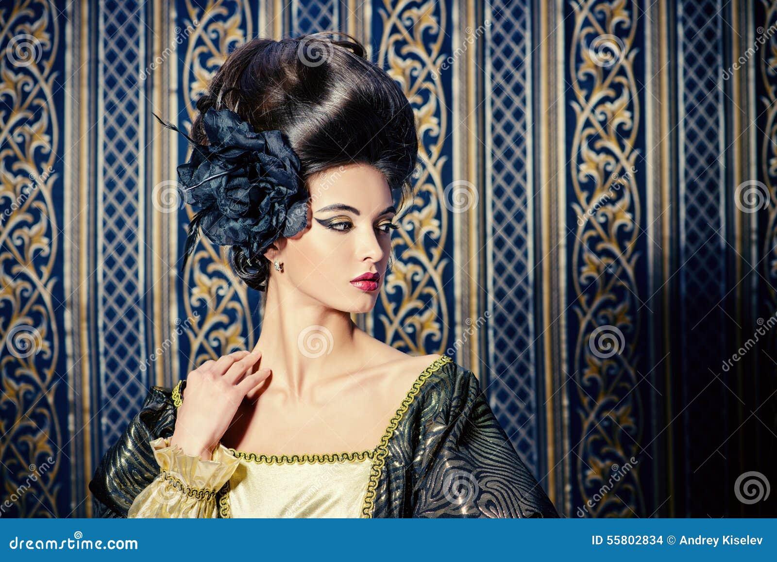 Updo Frisur Stockfoto Bild Von Schonheit Modern Person 55802834