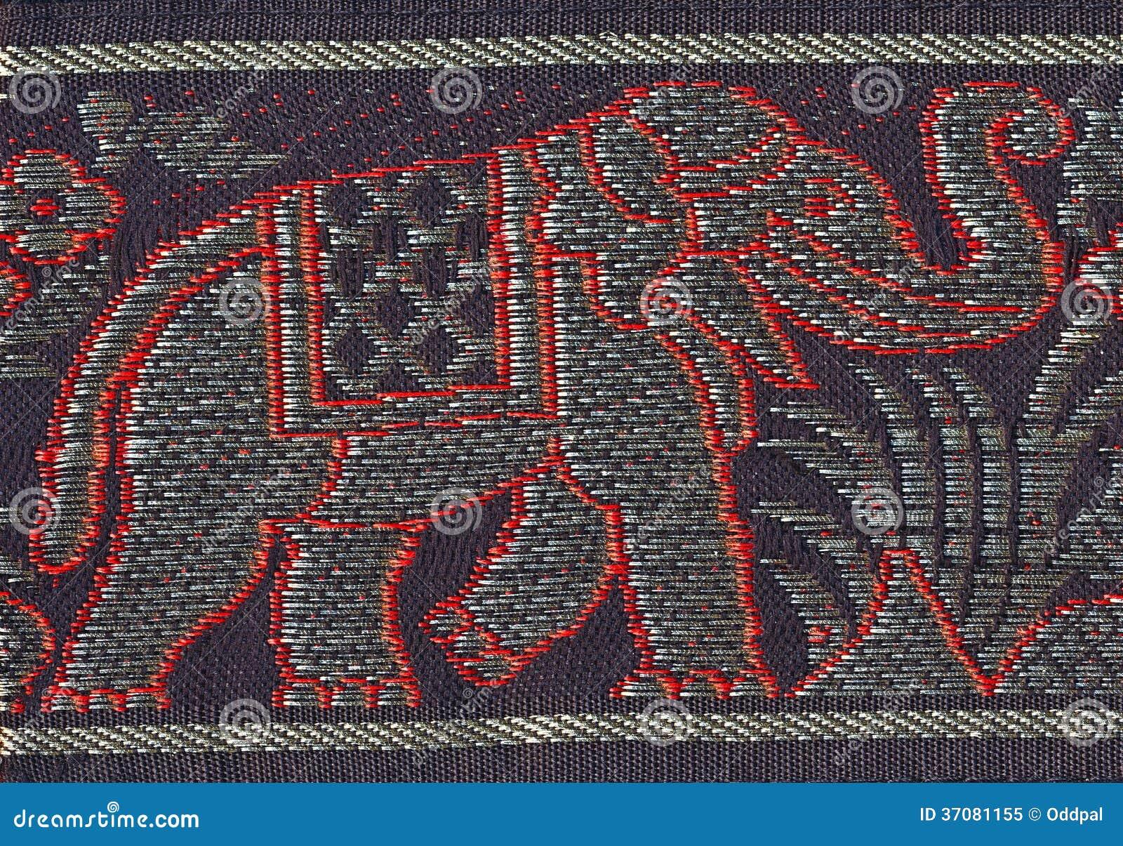 Download Upiększony słoń obraz stock. Obraz złożonej z kwiaty - 37081155