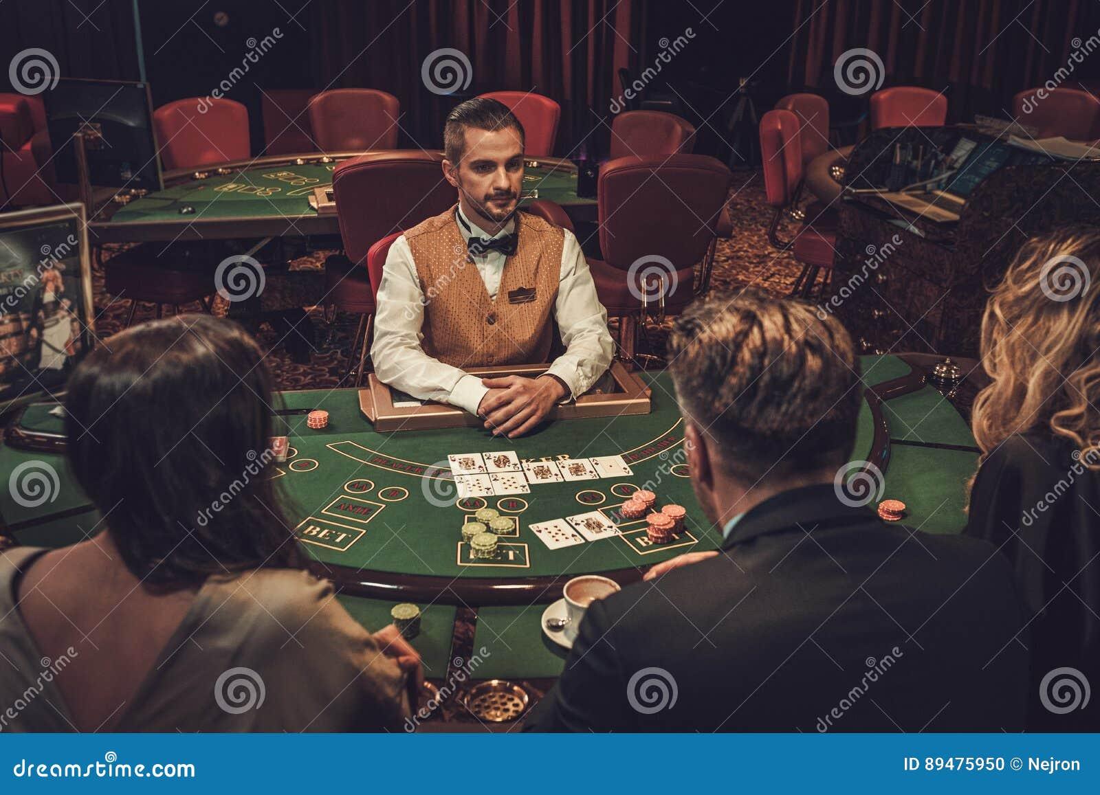 Верхнее казино азартных игр казино среди игроков
