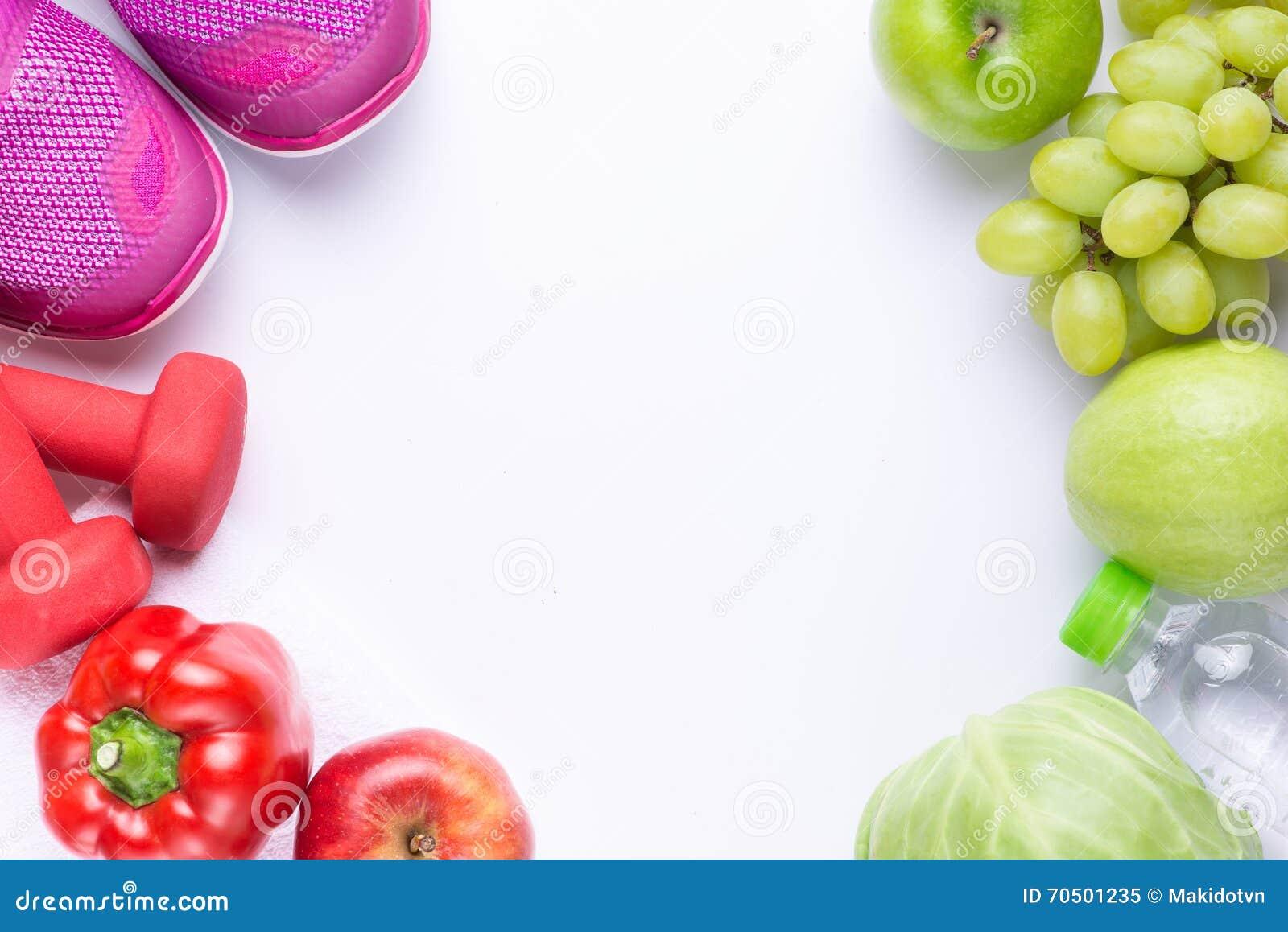 Upplösningar äter sunt, förlorar vikt och sammanfogar idrottshall, nya frukter, hantlar för kondition och måttbandet, sund livsst