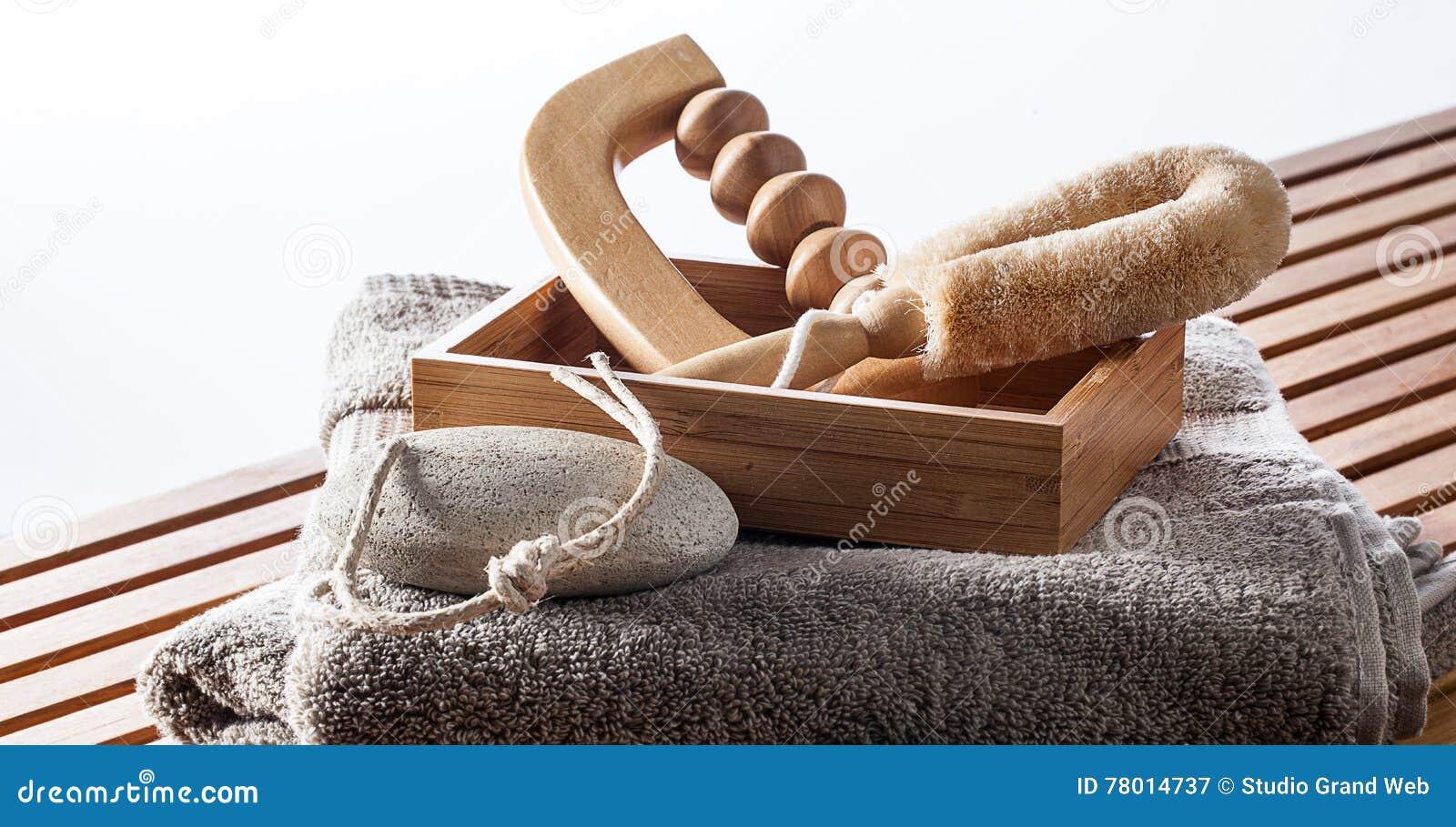 Uppsättning av massage, exfoliation och skalning som skämmer bort tillbehör