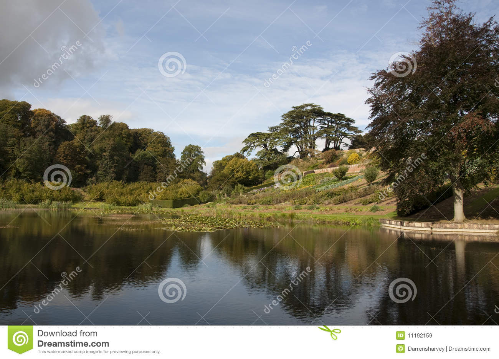 Upton House Gardens stock image. Image of terrace, bull - 11192159