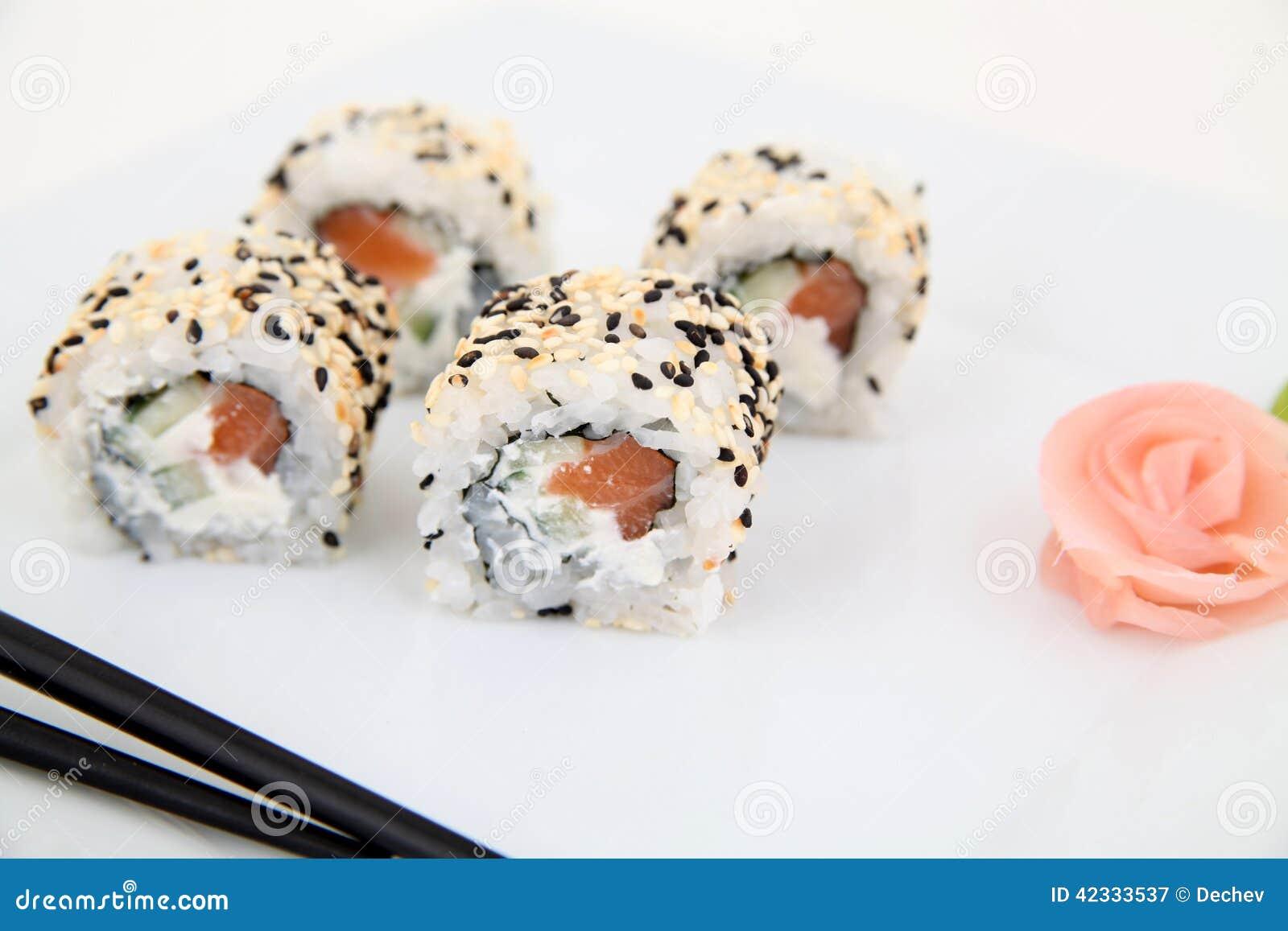 Uramaki con il salmone rotoli di sushi giapponesi for Disegni tradizionali giapponesi