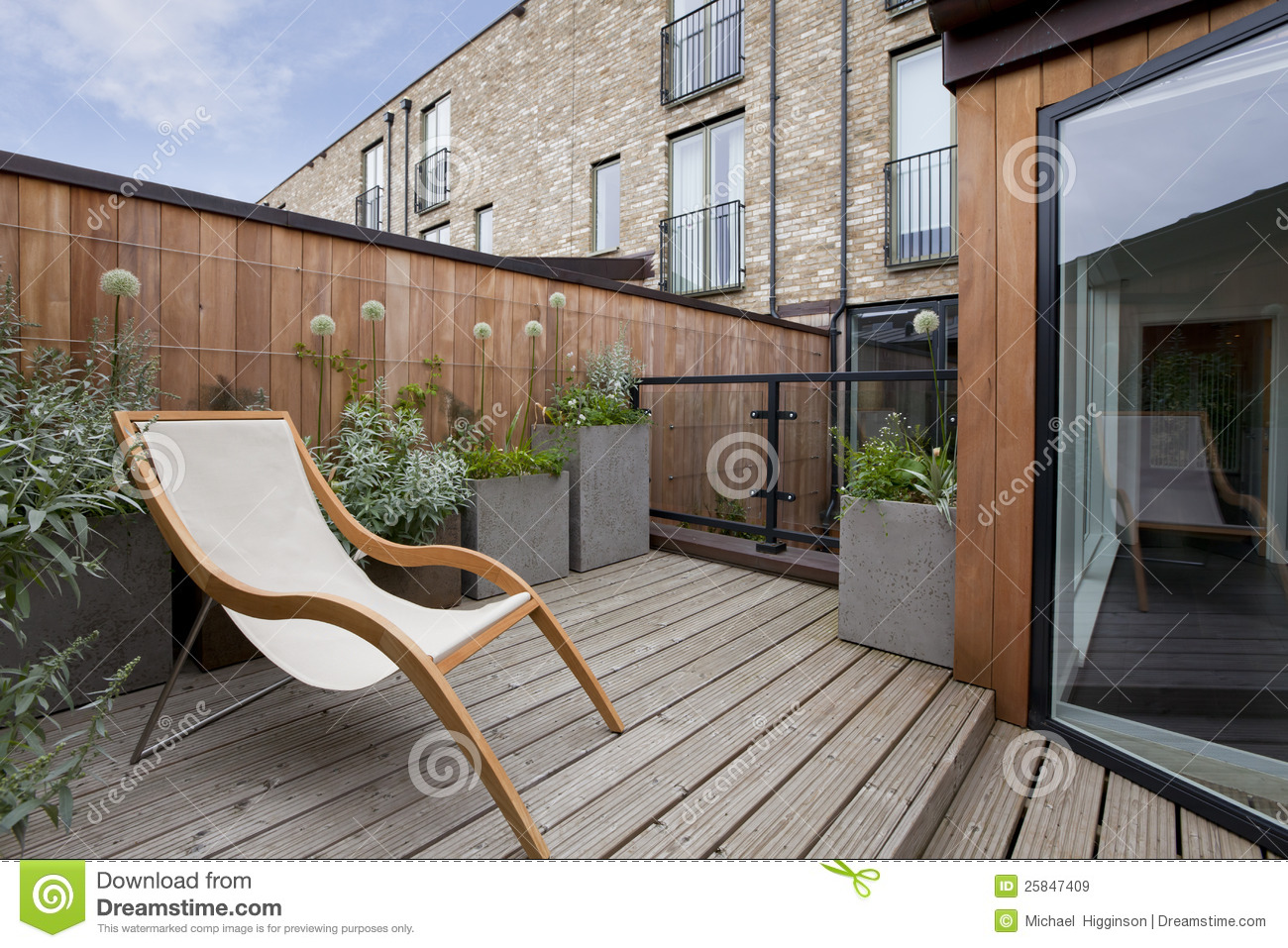 Urban balcony garden royalty free stock images image for Jardin urbain