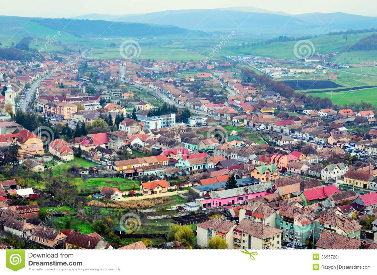 urban area and village life Many families and individuals find themselves, at least at some point, questioning the advantages of rural versus urban life quality of life is one of the central issues to consider in any comparison between rural versus urban living.