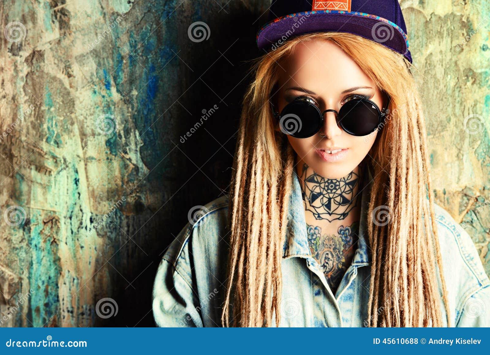 Urban teen stock photo image 45610688 for Modern teenage girl