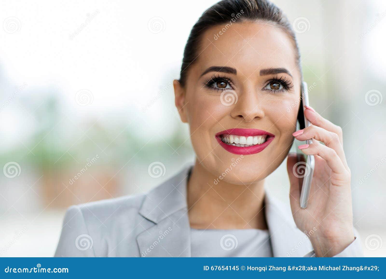 Urzędnik rozmowa telefonicza