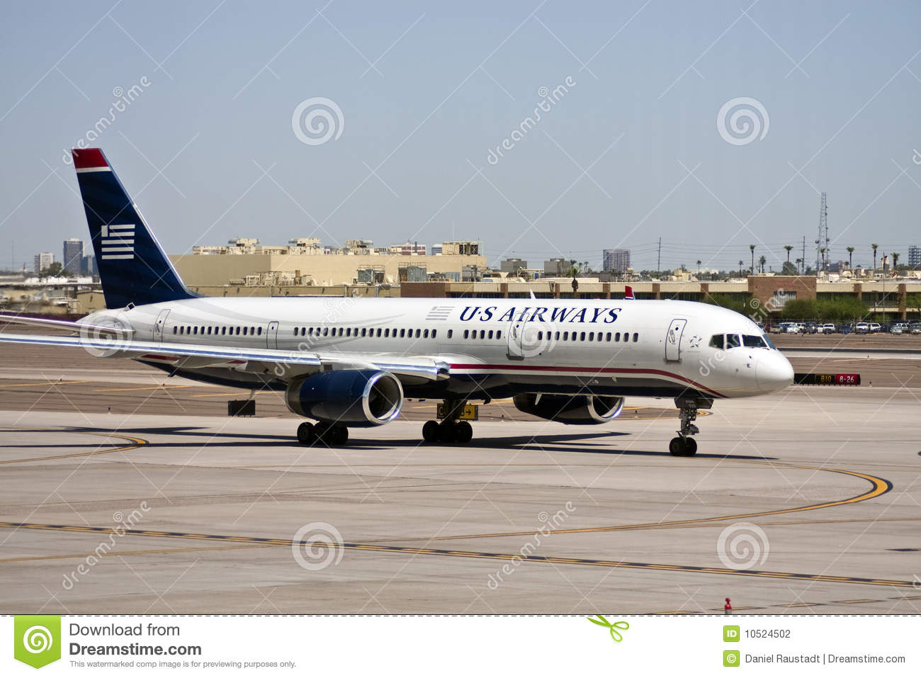 Us Airways Plane At Airport Tarmac Editorial Photography