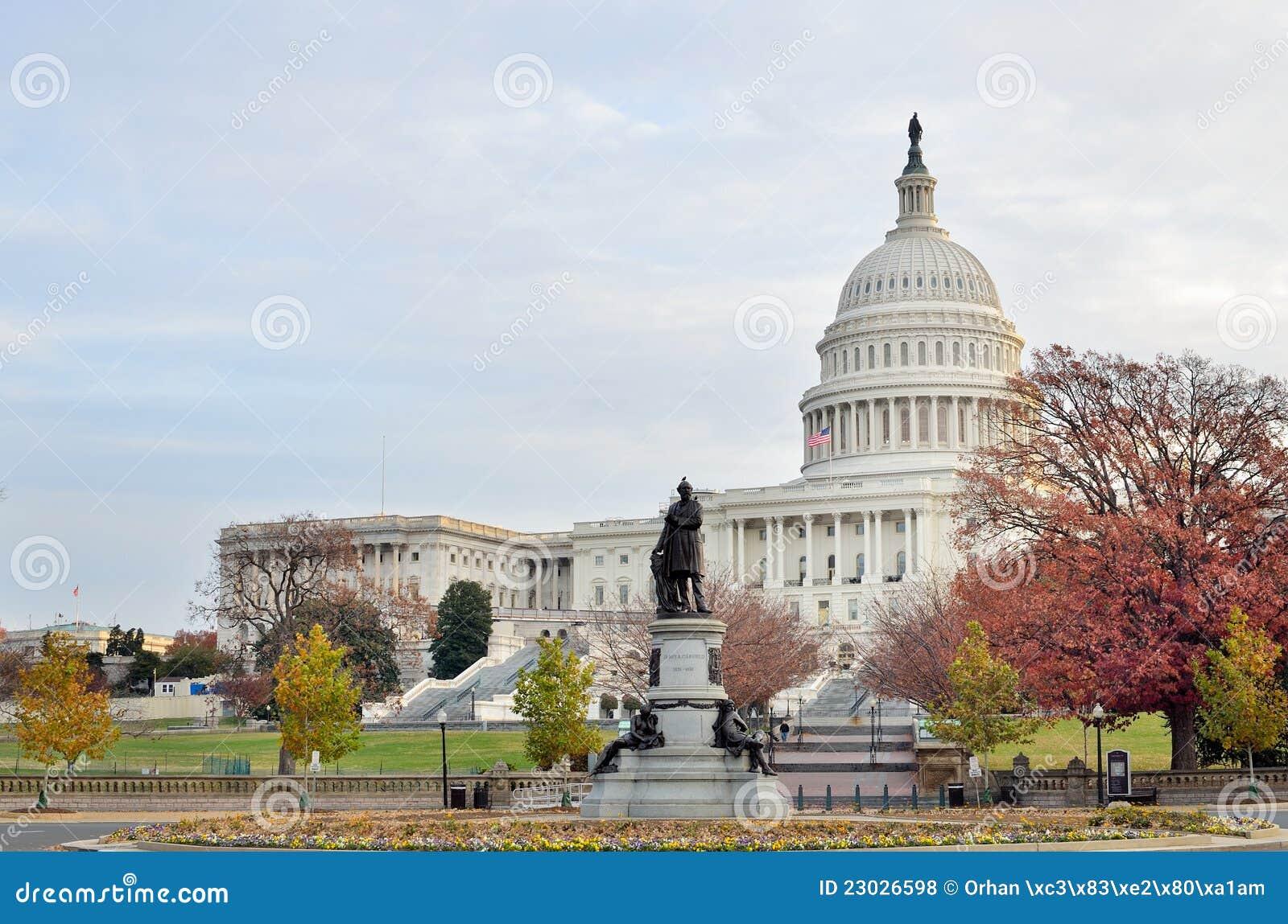 Us Capitol Building In Autumn Washington Dc Usa Royalty