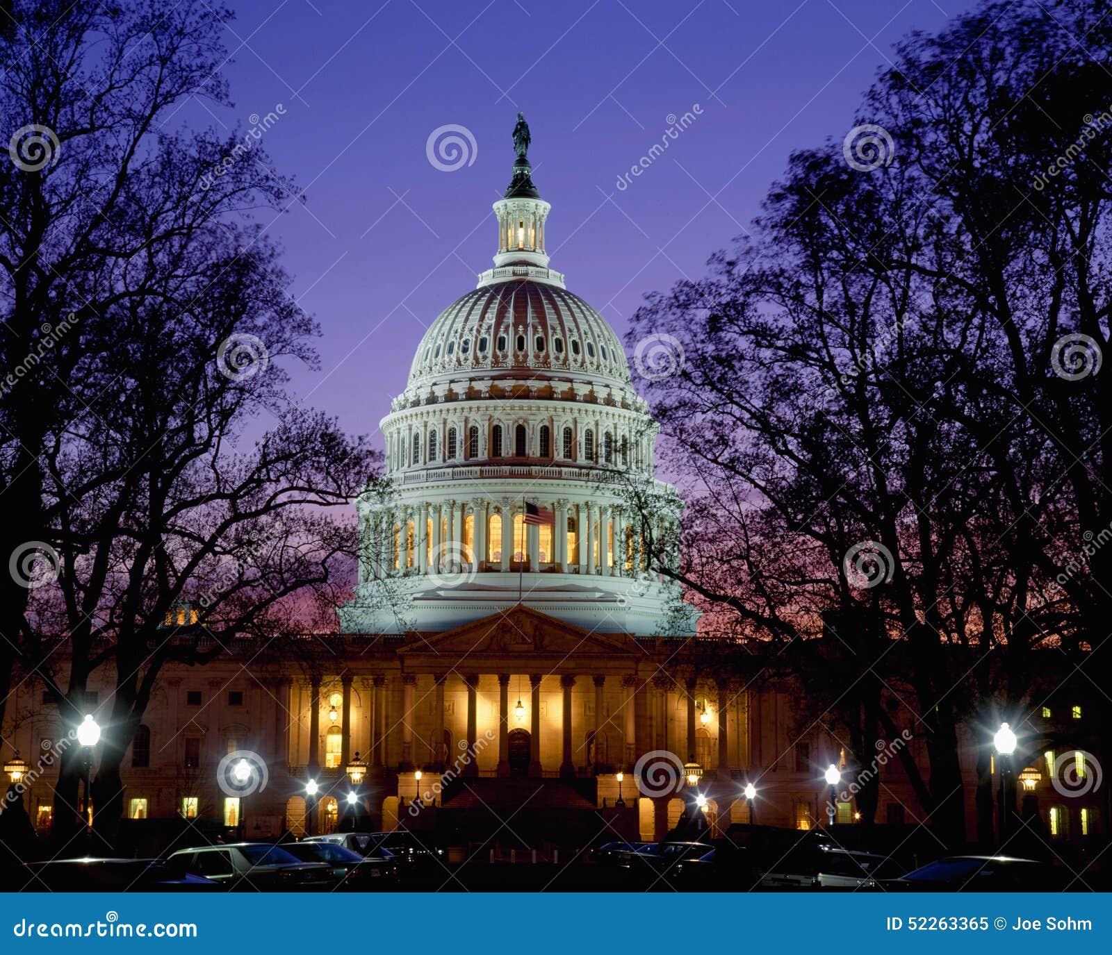 US-Kapitol an der Dämmerung, Washington DC