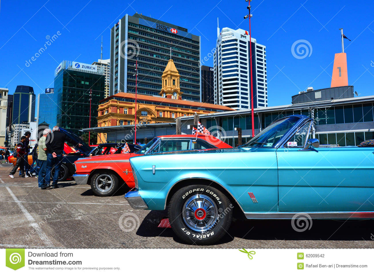 US muscle cars V8 car show editorial photography. Image of machine ...