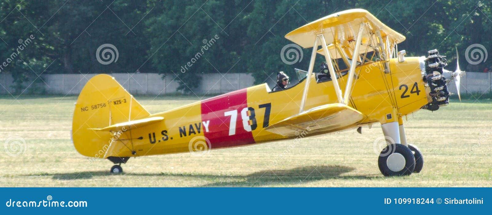 US Navy/Quax Boeing A75-N1/N2S-3 Stearman PT-17 Biplane