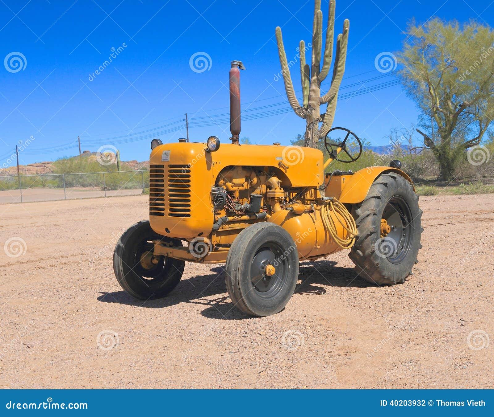 USA: Classic Tractor - 1958 Leroi - Air Compressor ...