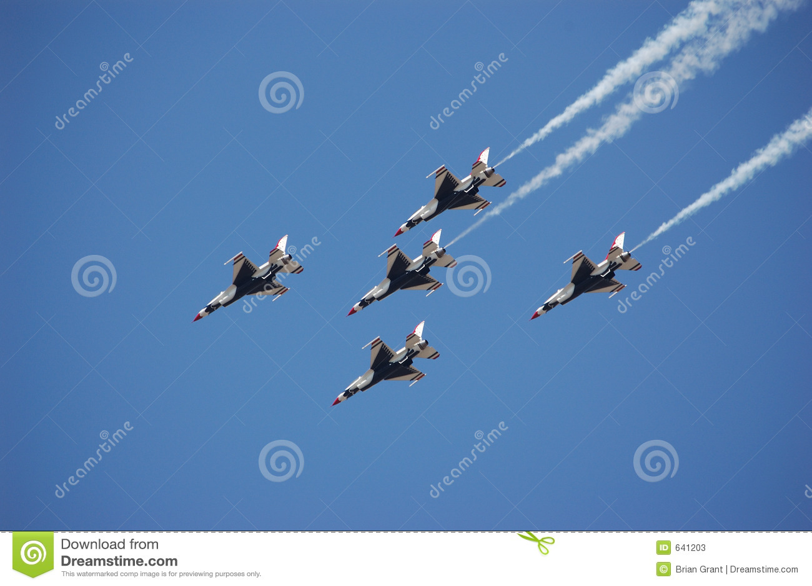 Download USAF буревестников стоковое изображение. изображение насчитывающей бой - 641203