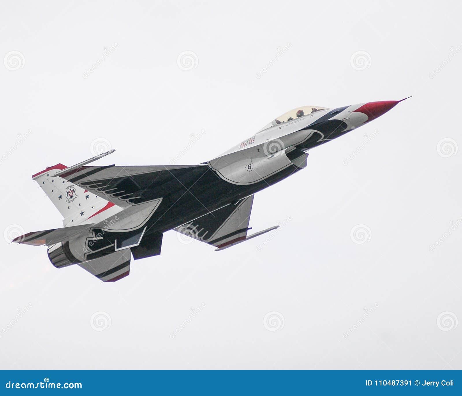 USAF Thunderbird taking off