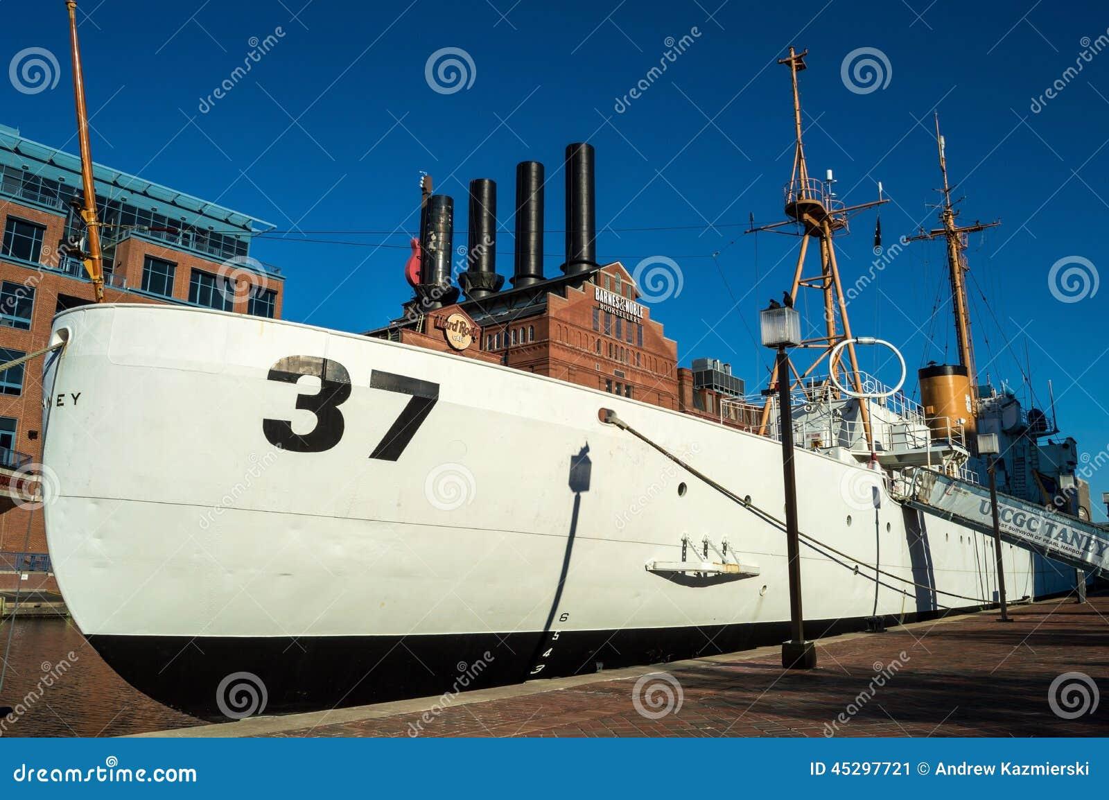 Marketing plan – National maritime museum Essay