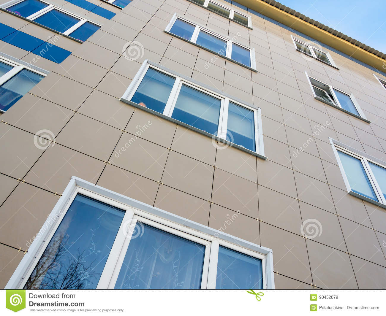 The Use Of Ceramic Tiles In The Decoration Of The Facade Of The