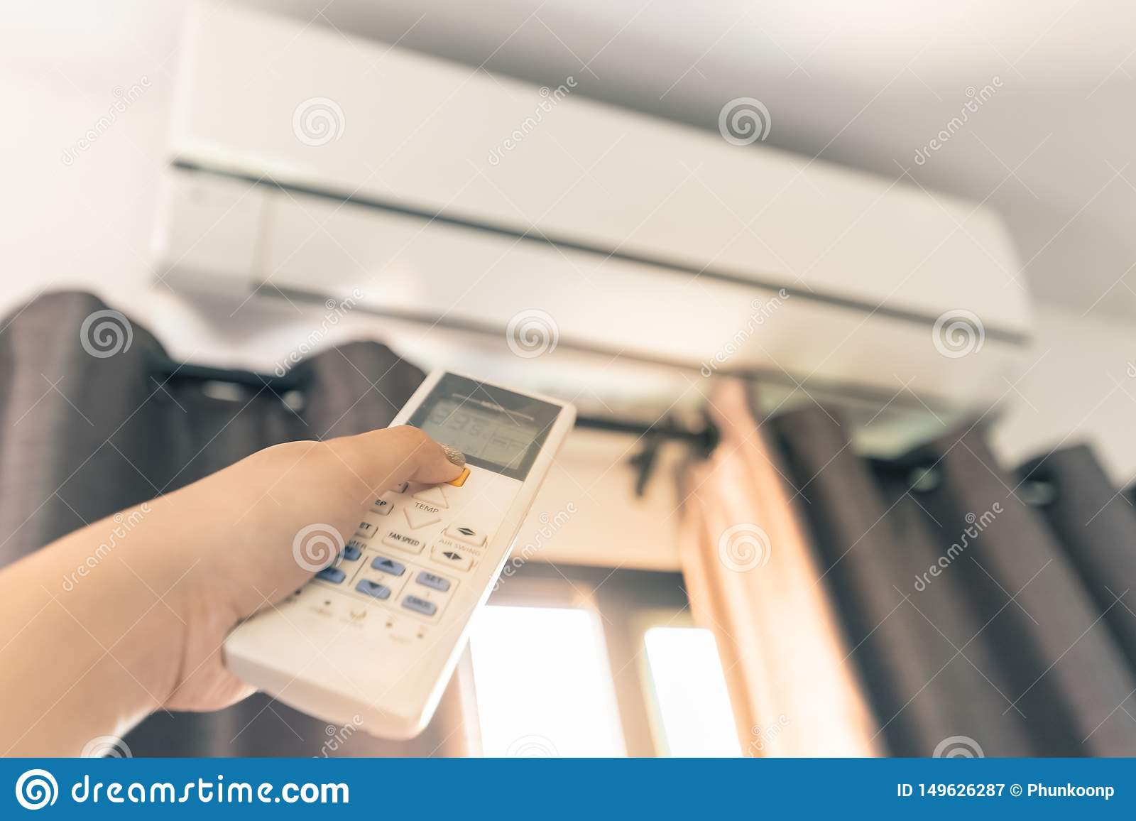 Use the Remote Control to Turn On the Air Conditioner