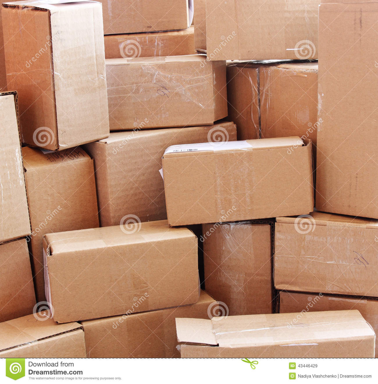 Uhaul Box Exchange – Uhaul made a free message board for people to find used boxes for free. Home Goods Stores and Toy Store – Really, any retailer that has large shipments come in will have a large quantity of cardboard boxes, but home goods stores in particular may have boxes for dishes.