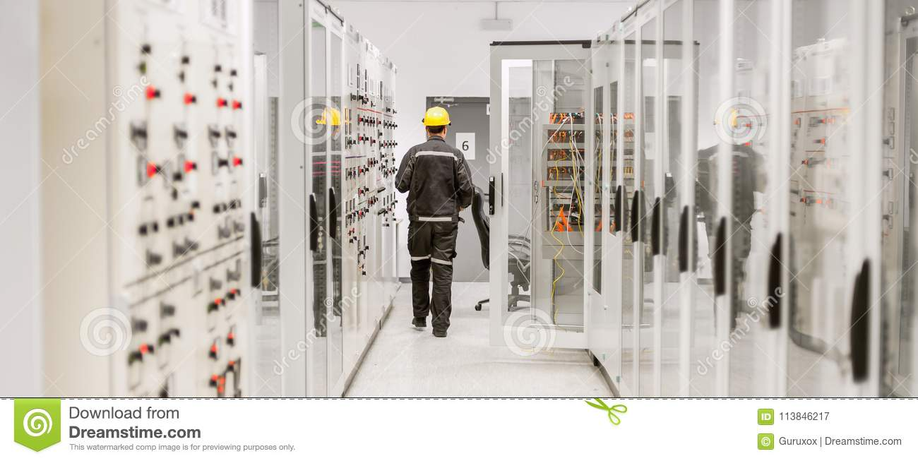 Using Protective Relay And Medium Voltage Switchgear  Engineerin Stock Image