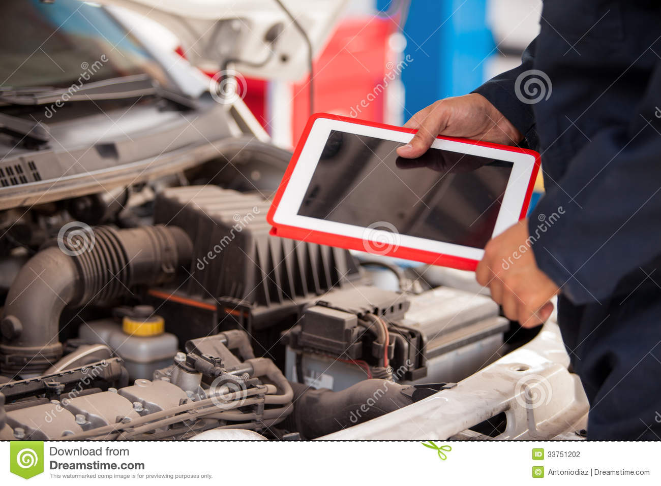 Car Inspection Checklist >> Using Tablet Computer In Auto Shop Stock Photo - Image of hood, tablet: 33751202