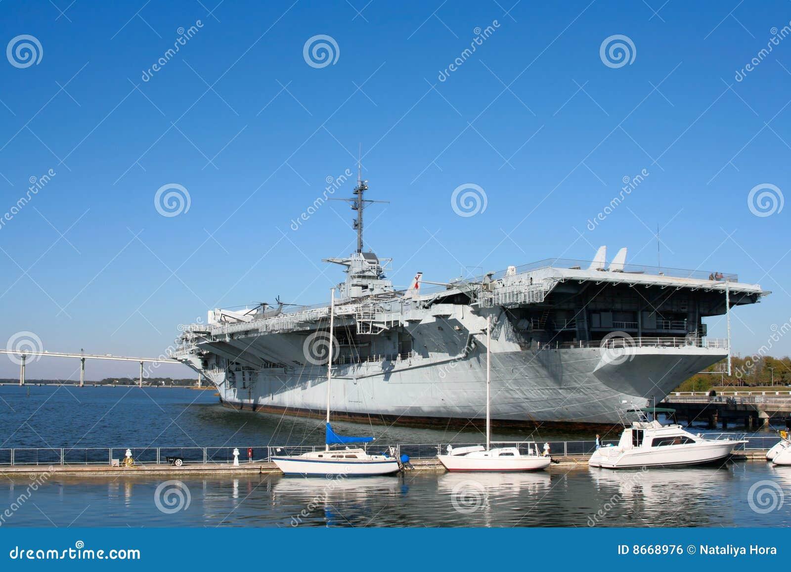 Uss de Charleston de porte-avions