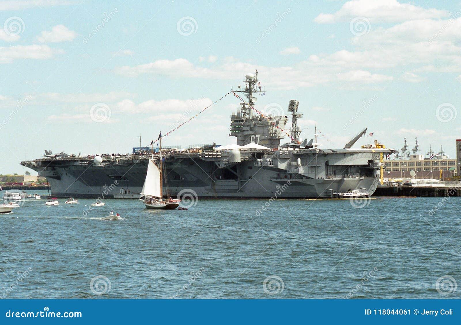uss john f kennedy cv 67 aircraft carrier editorial photo image