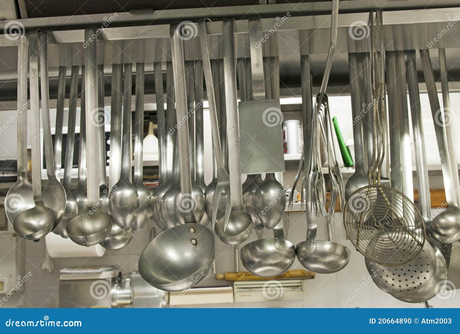 Ustensiles dans un restaurant de cuisine photo stock - Ustensile de cuisine anglais ...