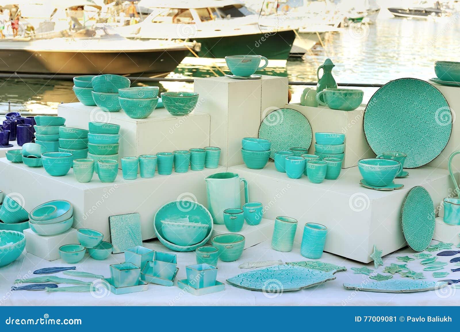 Utensílios de mesa cerâmicos no celadon pintado cerâmica de Seastyle