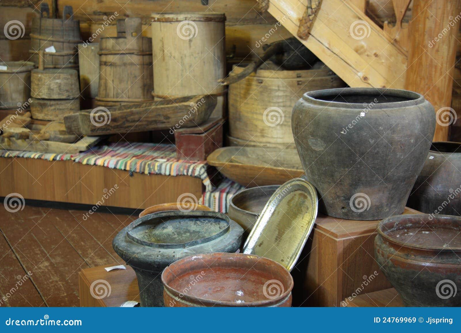 Utensili antichi della cucina immagini stock libere da for Utensilios de cocina viejos